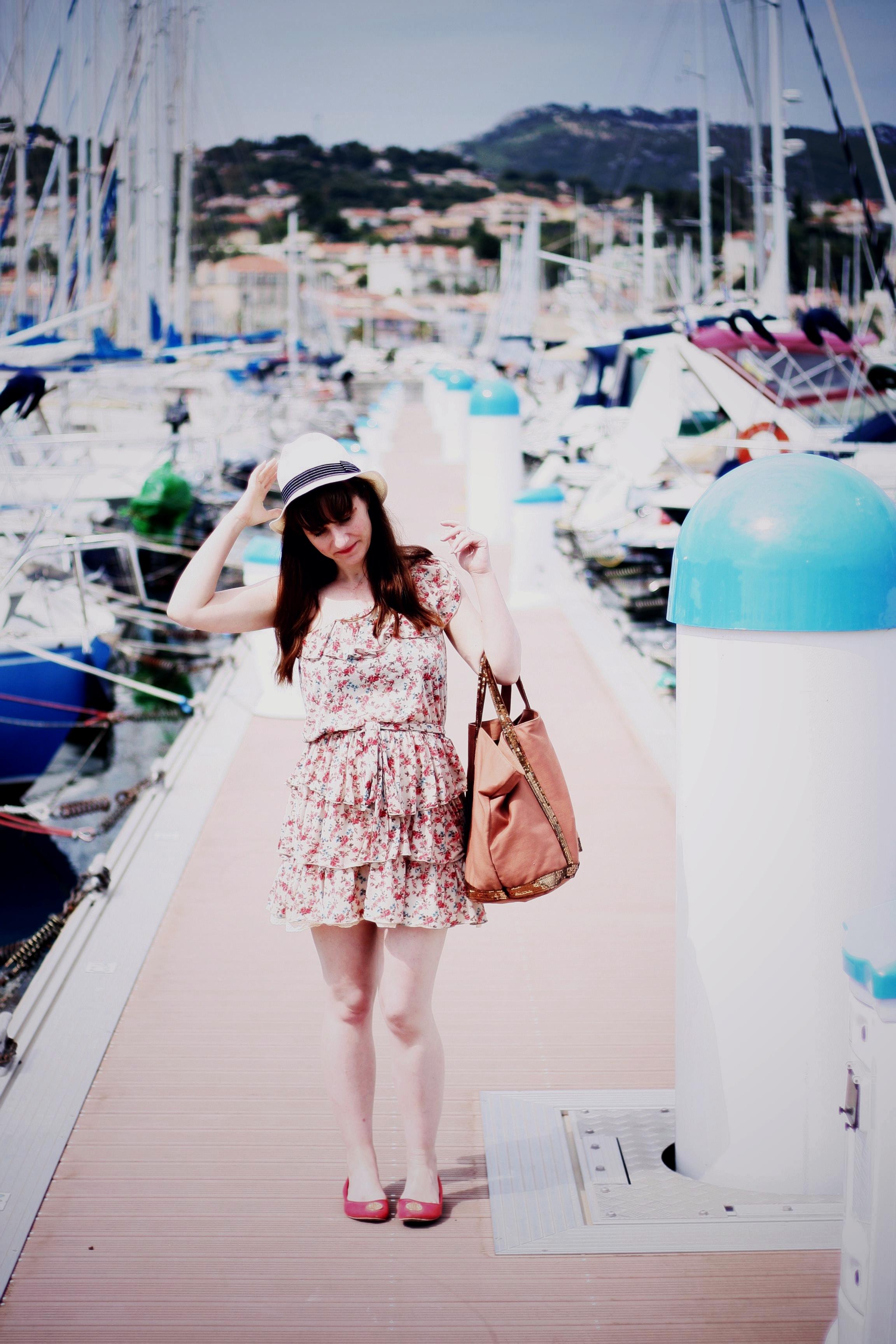 http://www.aureliablogmode.com