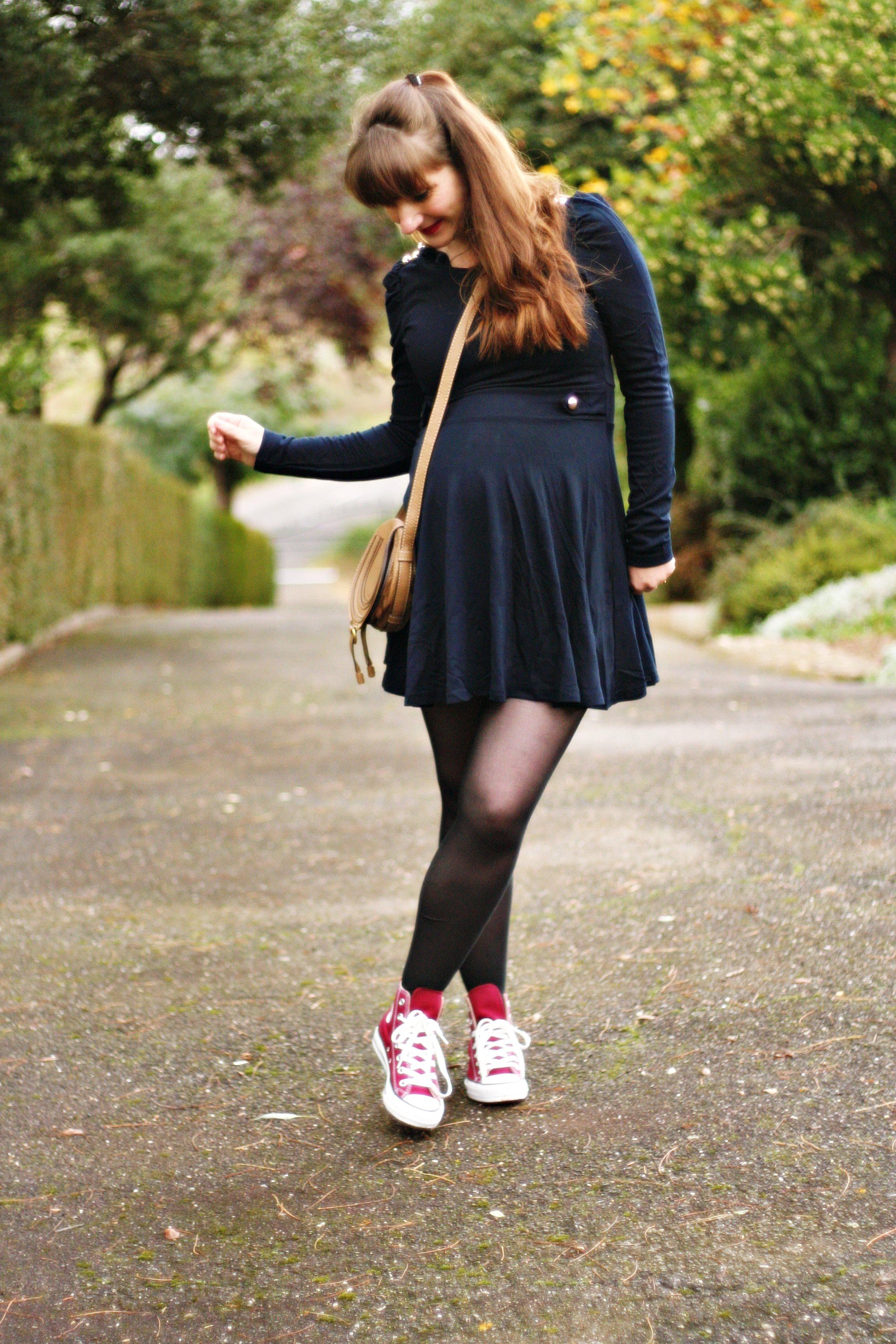 Converse et robe de patineuse Aurélia blog mode