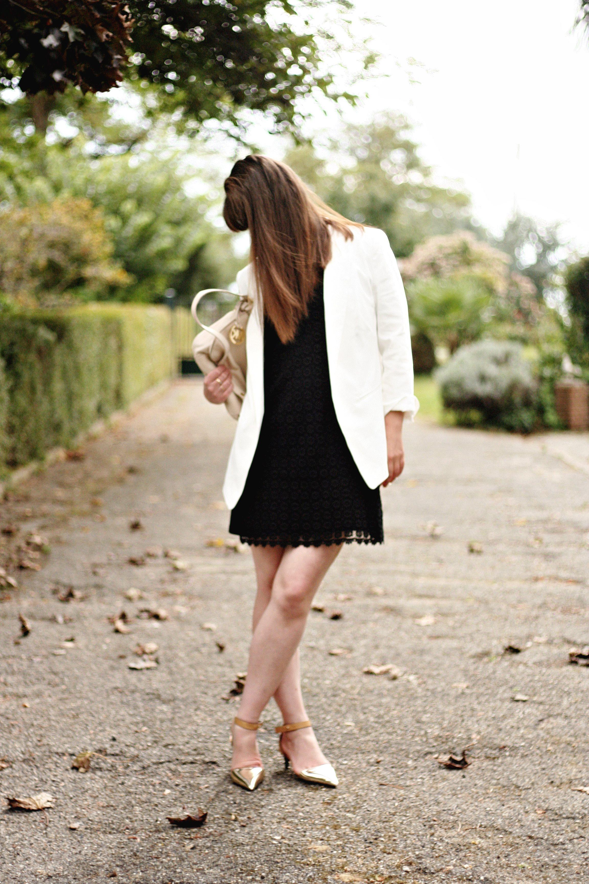 tenues chics week end robe style 60 dentelle retro michael kors sac
