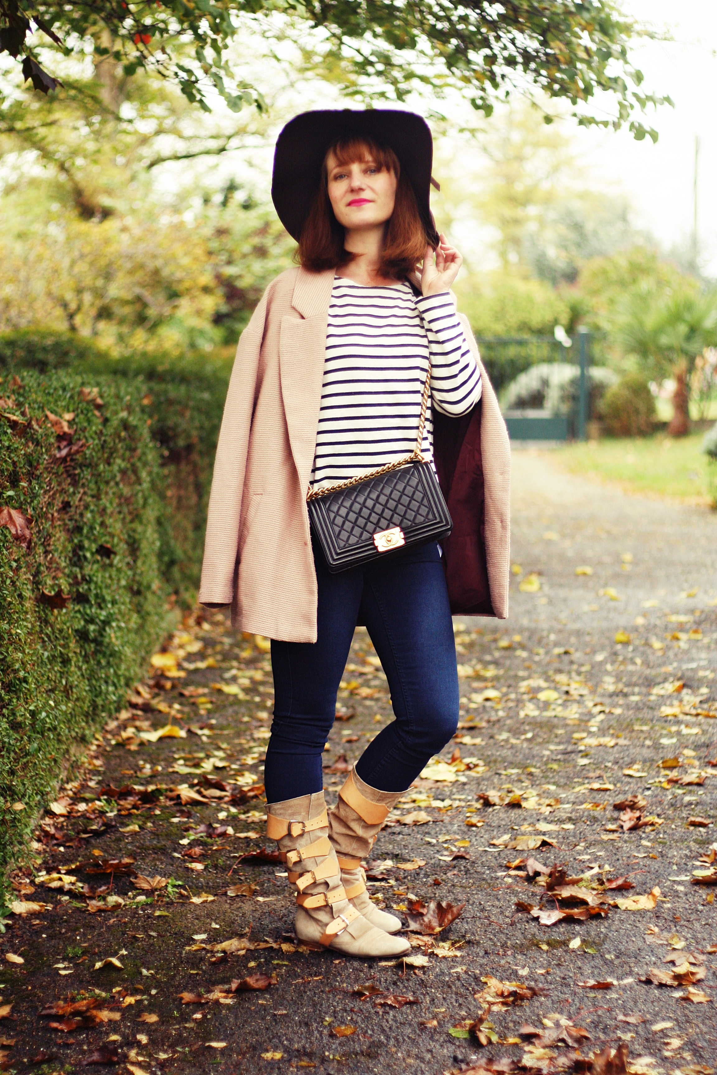 lookmarinière-petit-bateau-pirate-boot-chanel-boy-street-style-blog-mode