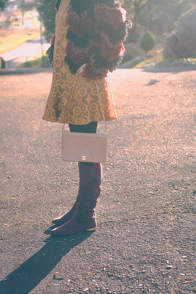 blog-mode-look-cuissardes-robe-free-people-gilet-franges-asos-70-sac-chanel-mademoiselle