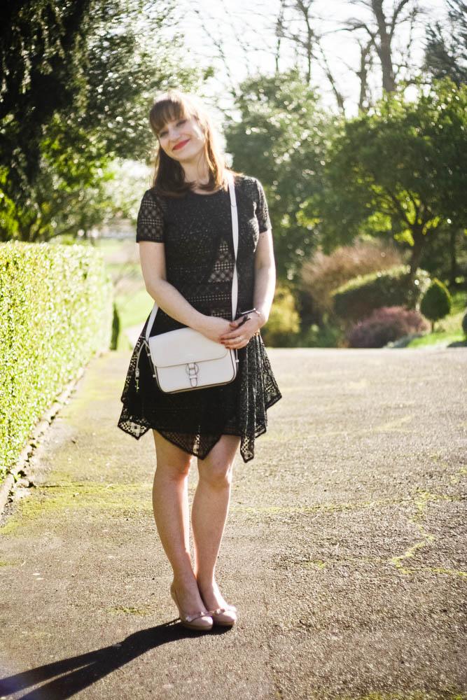 blog-mode-loook-cocktaildress-bcbgmaxazria-robe-chic-ceremonie-cocktail-mariage-look-chic-blogger-fashion
