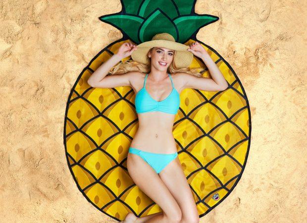 pineapple_beach_blanket_1