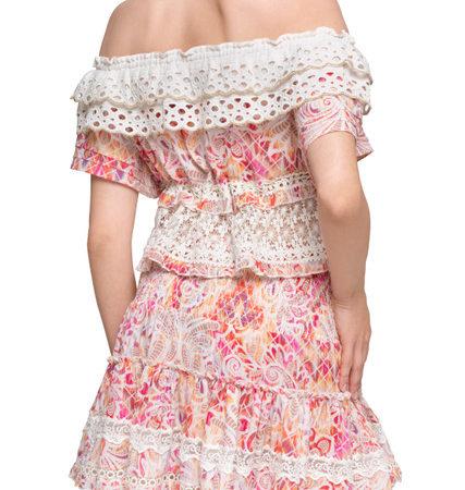 always-the-sun-vetements-plage-robe-dentelles-cannes-blog-mode-femme-40-ans