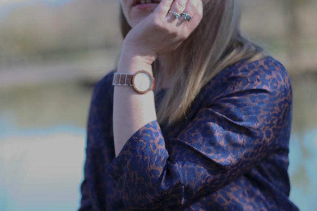découvrez la montre en bois de la marque nordic wood