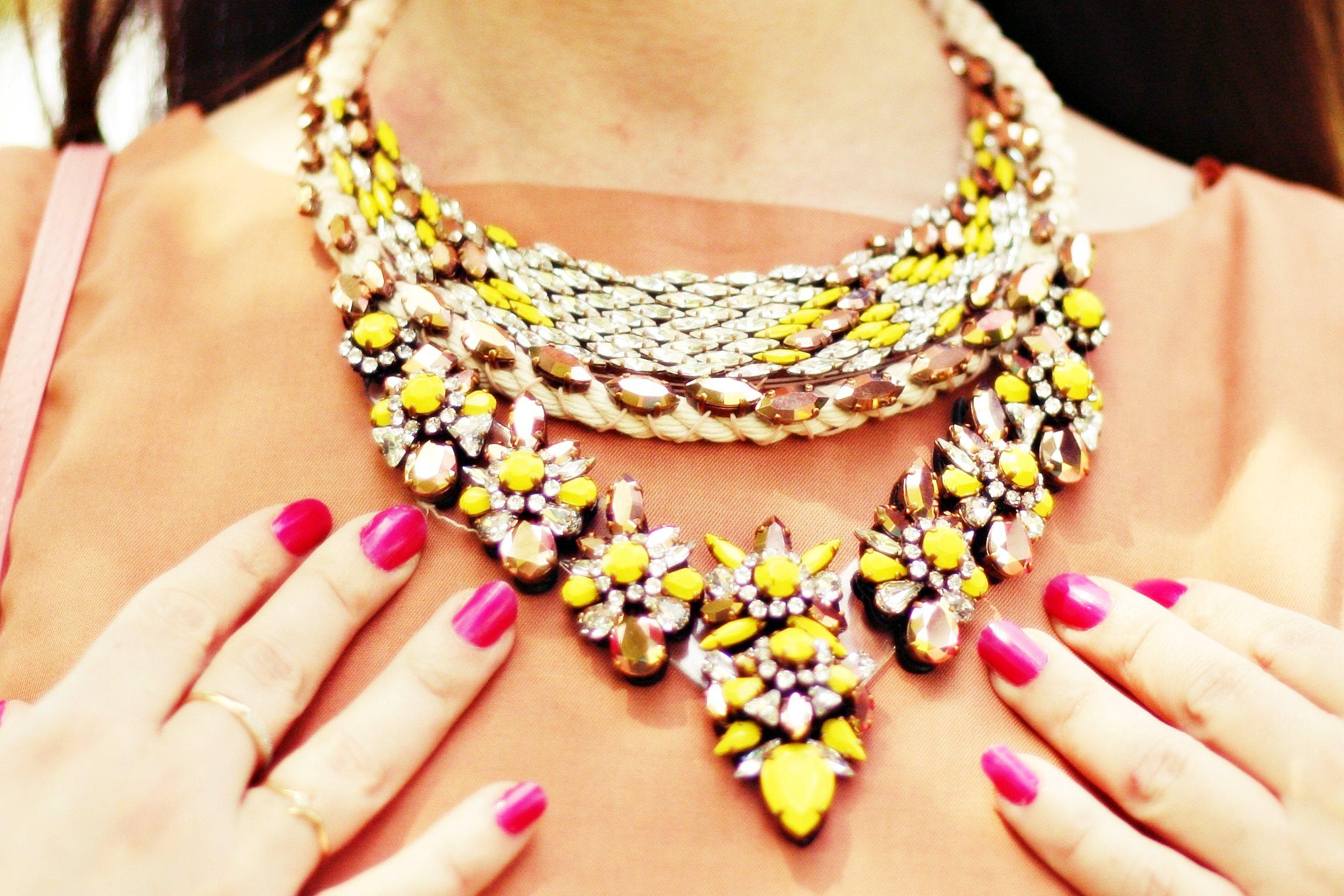 collier shourouk blog mode
