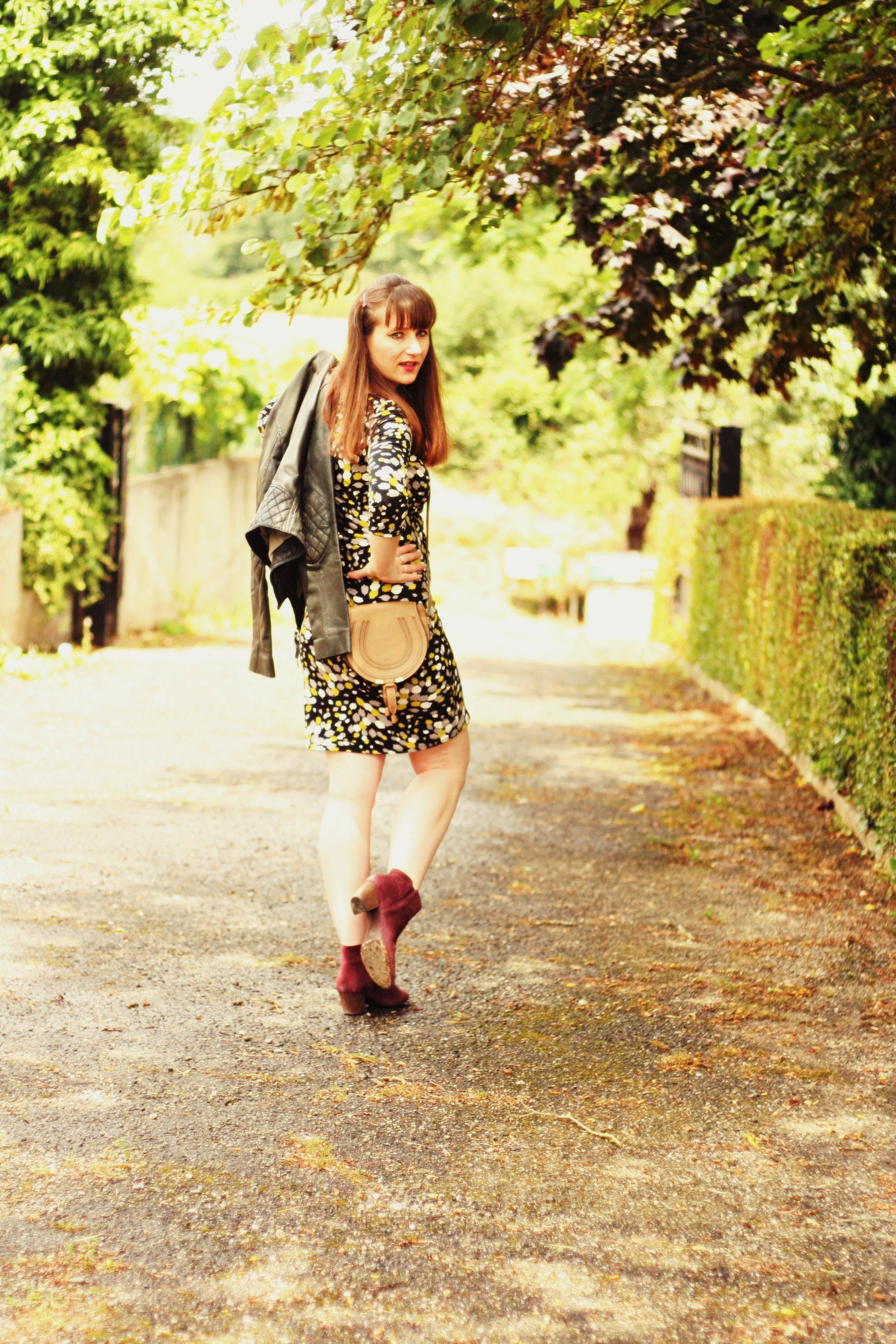 look une robe et des boots ash sac chloe