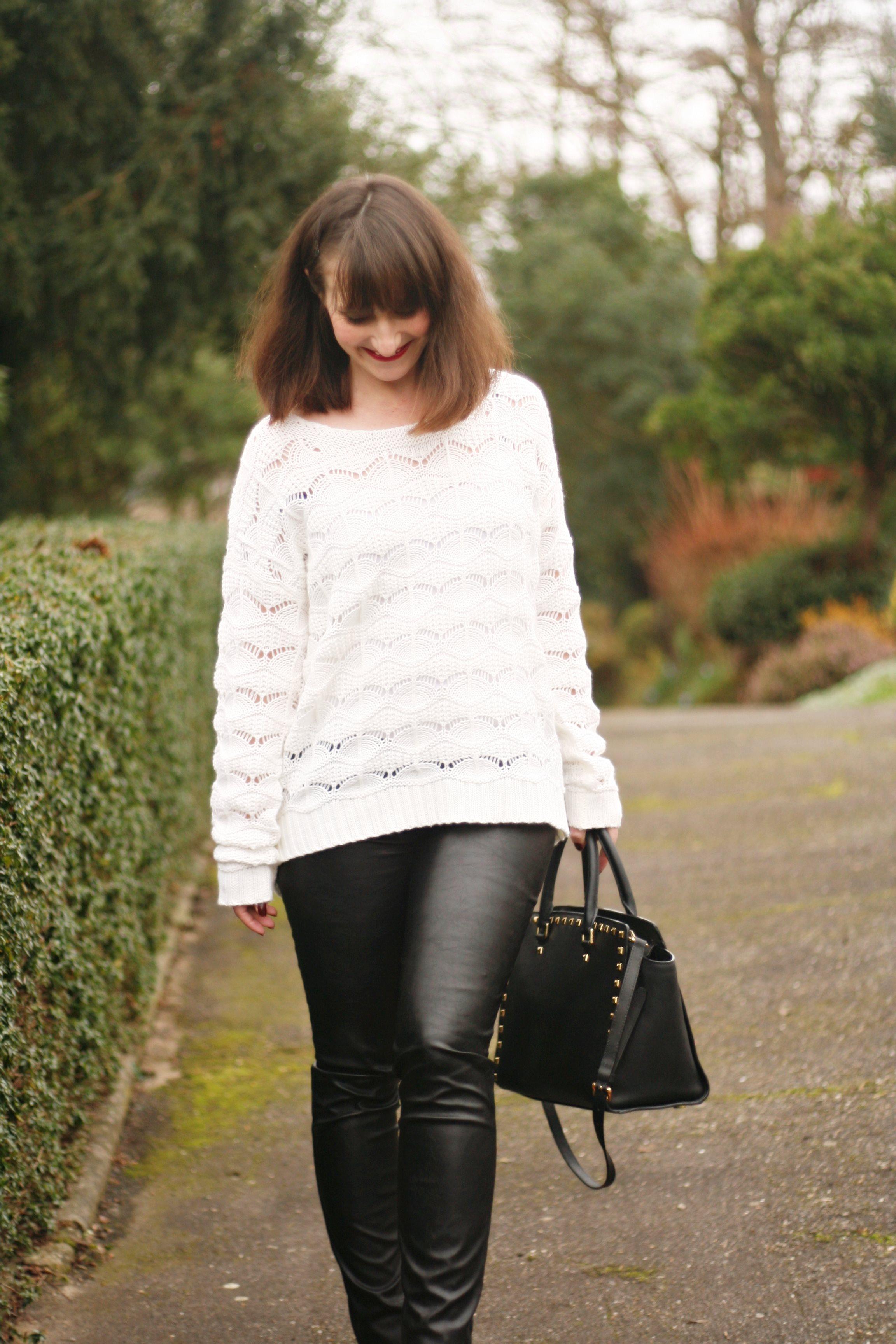 look pull blanc-pantaloncuir-sacselma-michaelkors-streetstyle-michaelkors-blogmode-