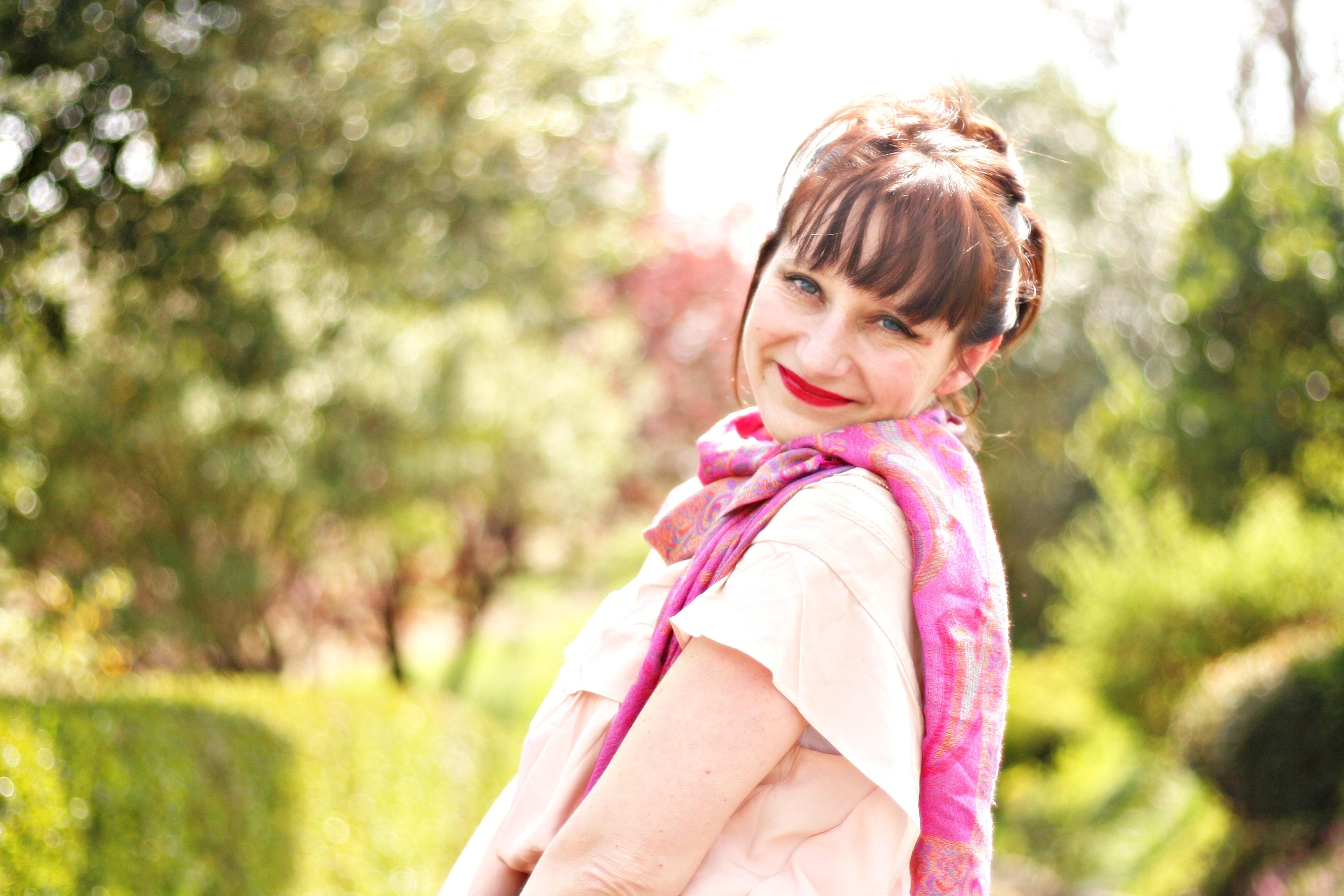 look-sac-louis-vuitton-escarpin-foulard-cachemire-jupecrayon