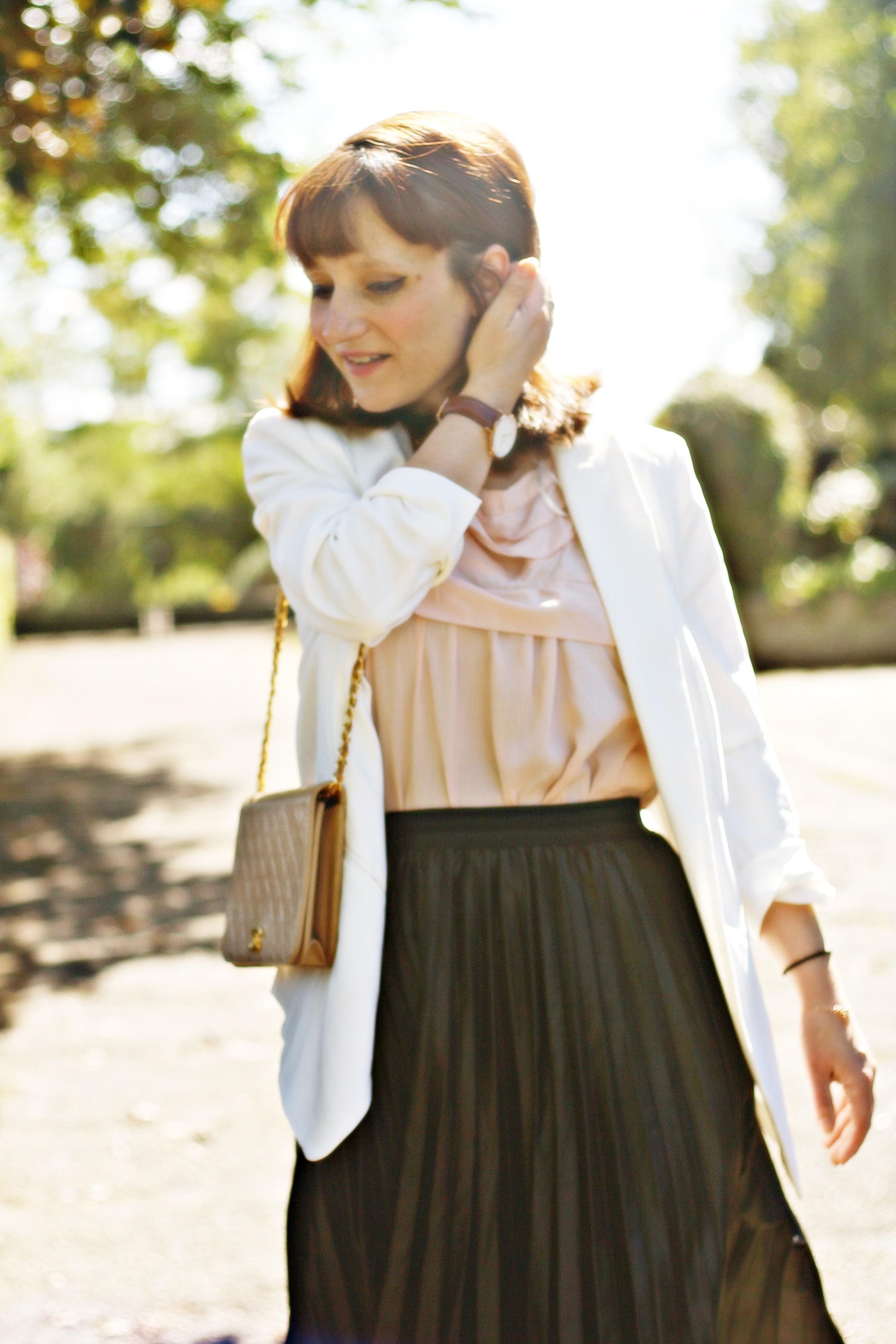 look-jupe-simili-midi-blazer-blanc-mix-de-saison-blog-mode-blazer-blanc