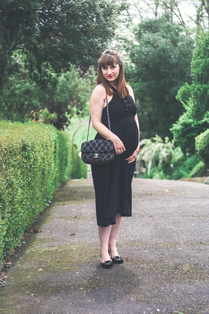 blog-mode-look-kittyflats-charlotte-olympia-sold-lace-dress-robe-midi-sac-chanel-2.55-blogueusemodetoulouse-maternityblog