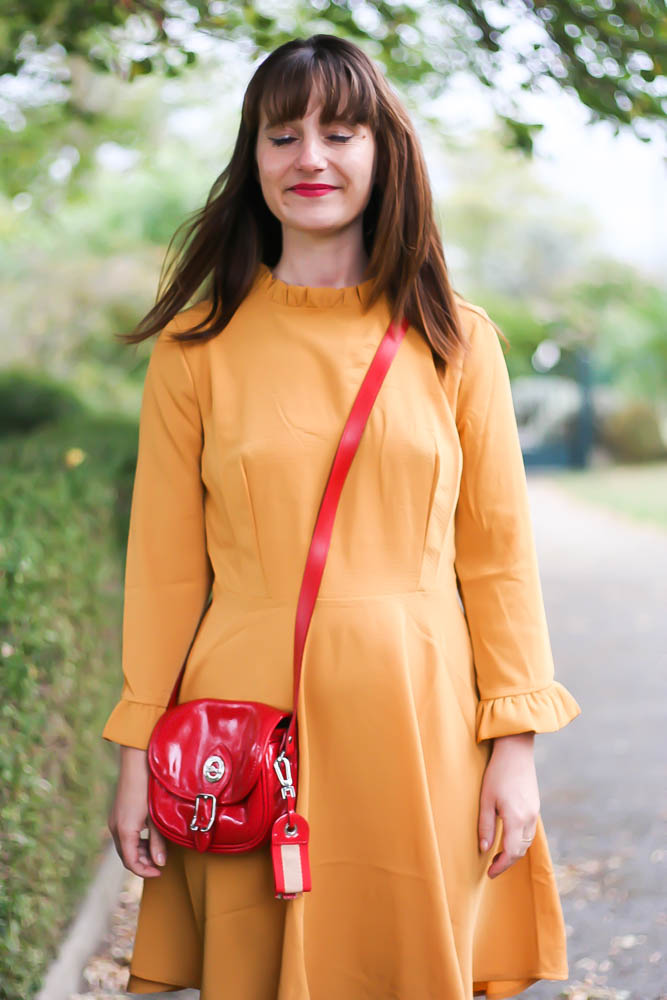 look-robe-moutarde-mademoiselle-R-la-redoute-blog-mode-blogueuse-mode