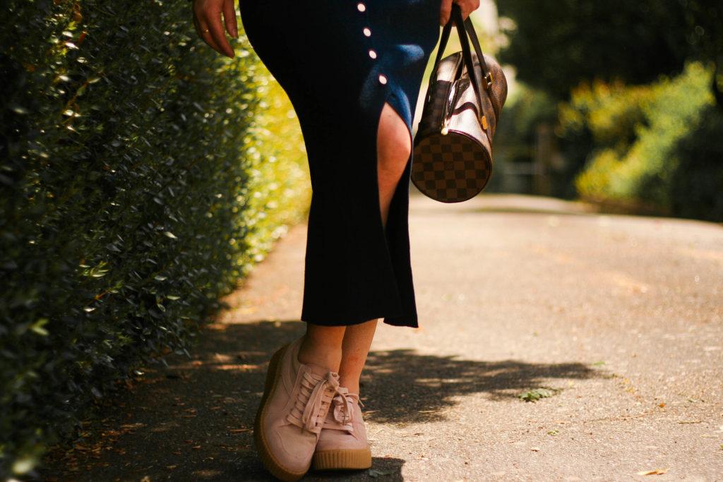 footway-chaussures-compensées-baskets-blog-mode-aurelia-blog-louisvuitton-sac-papillon-blouse-sézane-blanche-line