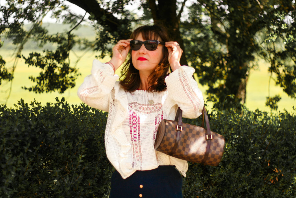 blouse-line-sézane-blog-mode-look-blouse-sézane-street-style-blogueuse-sézane-sac-papillon-louis-vuitton