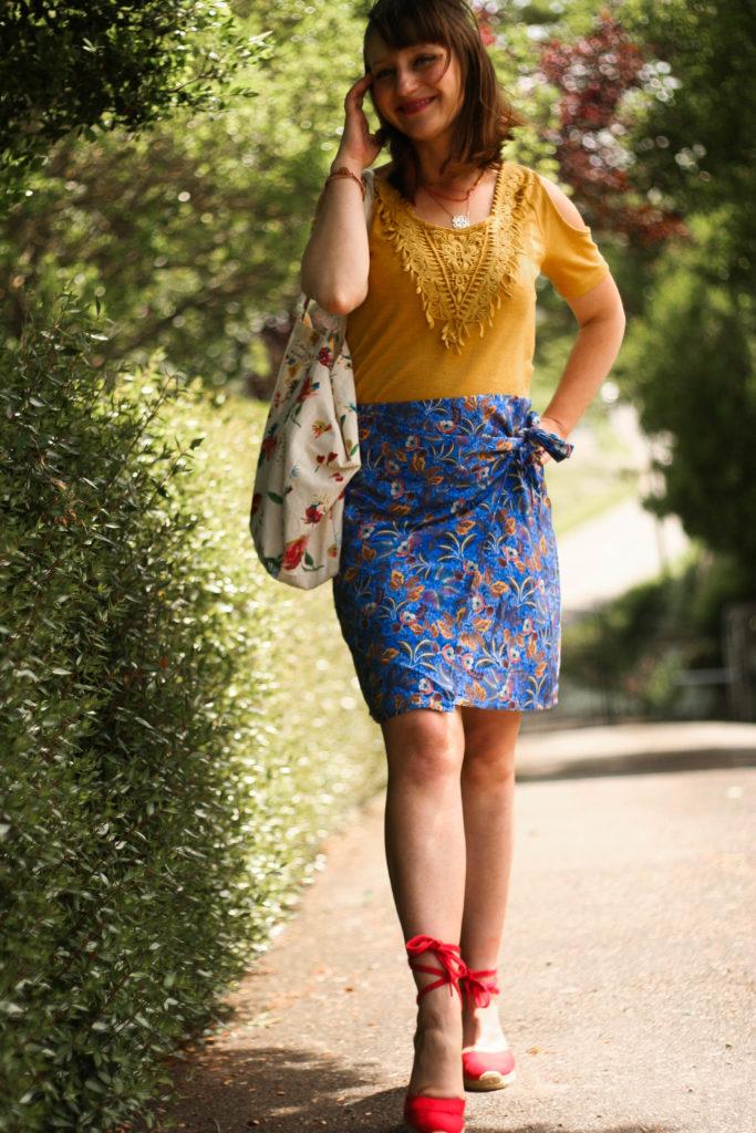 blog-mode-influenceur-toulouse-aureliablog-graindemalice-look-imprimee-wax-top-jaune-moutarde-blogueuselifestyle-toulouse-castaner-espadrilles