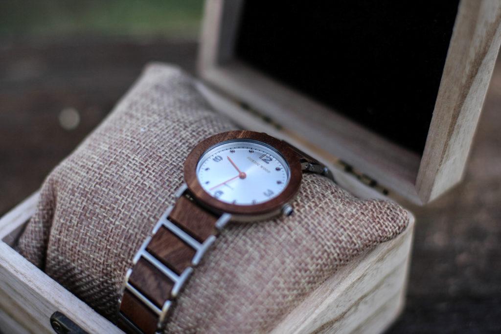 les montres en bois élégantes et écoresponsables